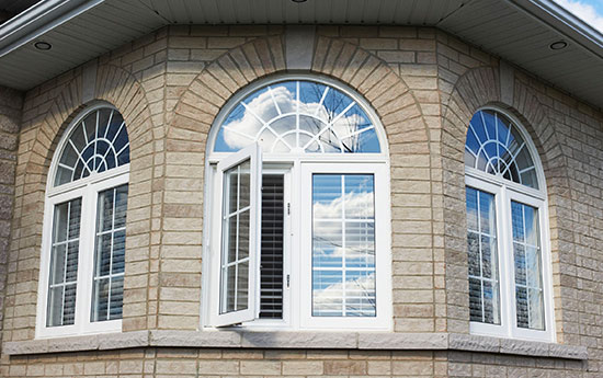 Vinyl Arched Window : Real exteriors